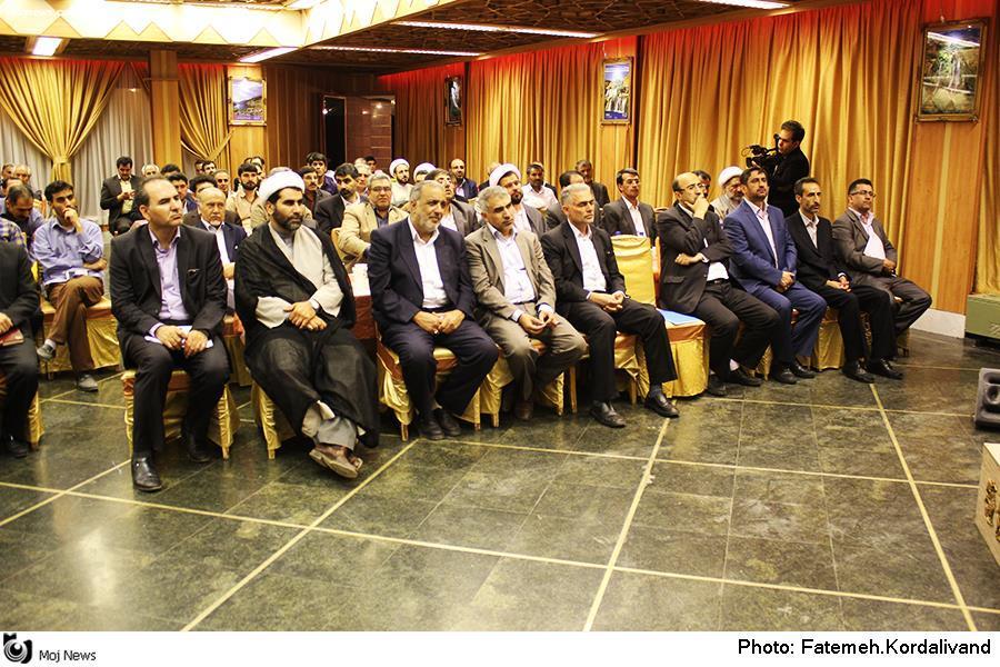 حضور سردار درویش وند در جشن گلریزان خرم آباد (1)