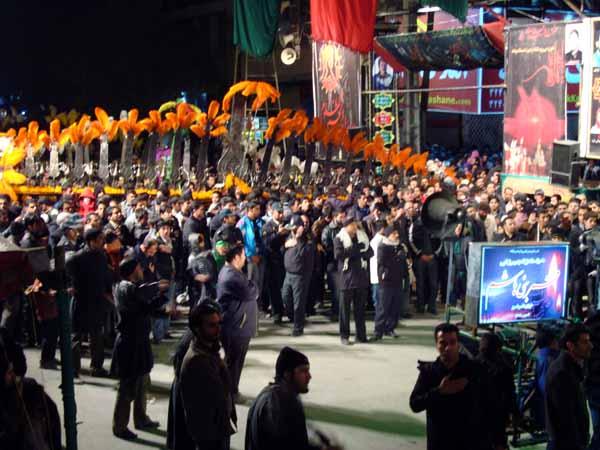 علم و چلچراغ- عزای حسینی در خرم آباد  (10)